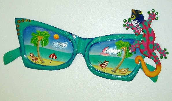 13in Metal Teal Sunglass with Gecko Wall Accent
